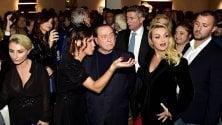 Silvio Berlusconi e Francesca Pascale al debutto della nipote pittrice Luna