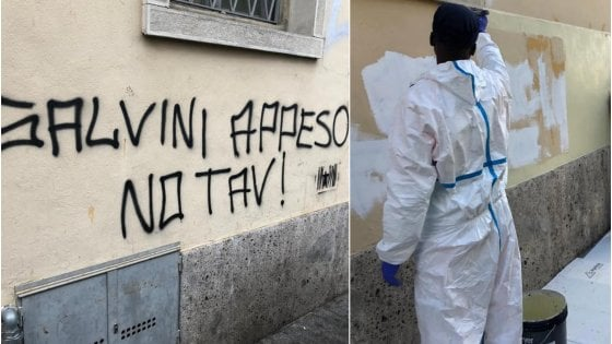A Bergamo scritte contro Salvini sul muro: il sindaco Gori le fa cancellare dai giovani migranti