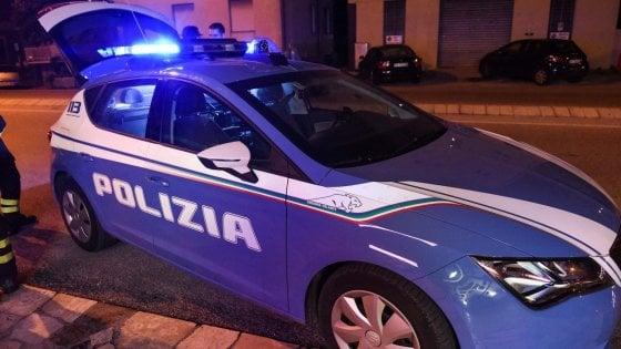 Milano, donna muore dopo essere precipitata dal quinto piano