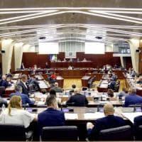 Dopo dieci anni il Consiglio regioinale sblocca il turnover: sì al il concorso