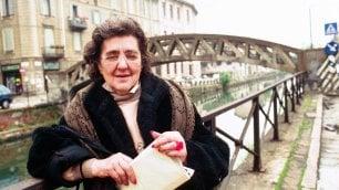 Alda Merini, a dieci anni dalla morte Milano le dedica il 'suo' ponte sul Naviglio Grande