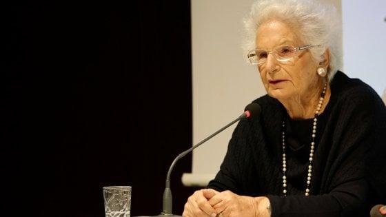 """Minacce social a Liliana Segre, indaga la procura di Milano. La senatrice: """"Gli odiatori vanno curati"""""""