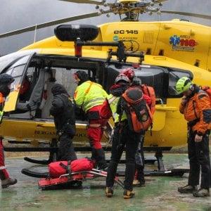 Per il maltempo trascorrono la notte a meno 15 gradi sull'Adamello: salvati sei alpinisti