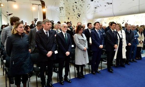 """Il premier Conte inaugura Human Technopole: """"Milano all'avanguardia per la ricerca"""""""