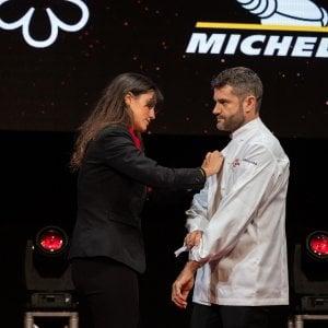 Lo chef Bartolini conquista la terza stella Michelin, Milano torna in alto come ai tempi di Marchesi