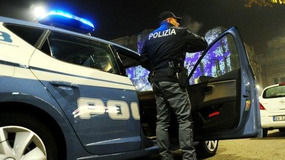 Milano, ergastolano accoltella un uomo in un parcheggio. Nel '79 uccise tre carabinieri