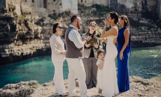 """""""Il celebrante di matrimoni civili"""" diventa una professione: a Milano il primo corso"""