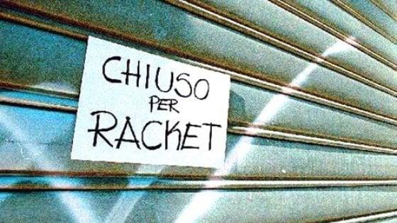 Un'impresa su dieci a Milano ha ricevuto minacce dalla criminalità. Ma i commercianti sono contrari ad armarsi
