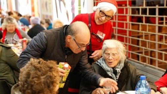 """L'appello della Caritas per il Natale dei meno fortunati: """"Milanesi, aprite le vostre case per le feste"""""""
