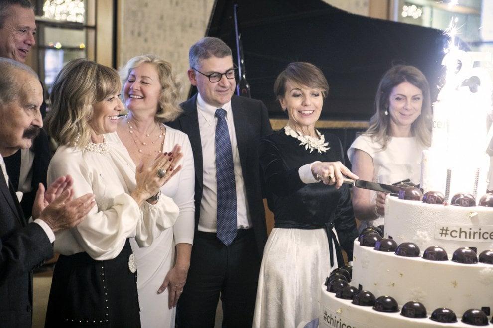 """""""Christmas Gala"""" per la ricerca della Fondazione Ieo-Ccm: raccolti 120 mila euro. E Piovani suona """"La vita è bella"""""""