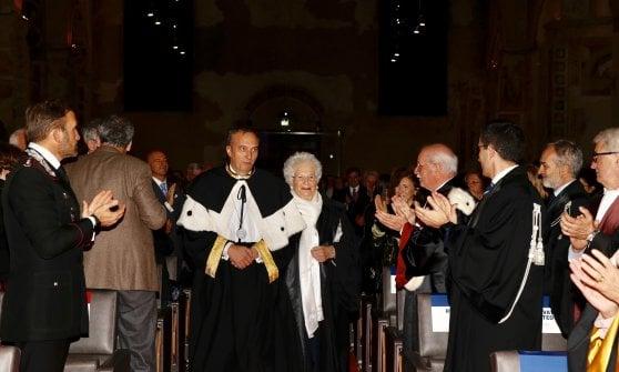"""A Bergamo laurea ad honorem a Liliana Segre: """"Ragazzi, non dimenticate la storia: così si sceglie da che parte stare"""""""