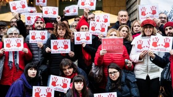 Minaccia e invia fino a 170 messaggi al giorno alla ex: arrestato per stalking a Milano