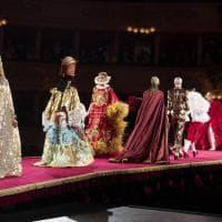 Prima della Prima: la sfilata di Dolce&Gabbana sul palco della Tosca