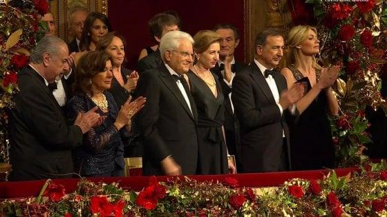 Prima della Scala, il gran giorno della Tosca. Ovazione per Mattarella e applausi all