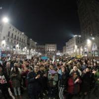 Sardine: in seimila in piazza a Brescia per difendere la Costituzione