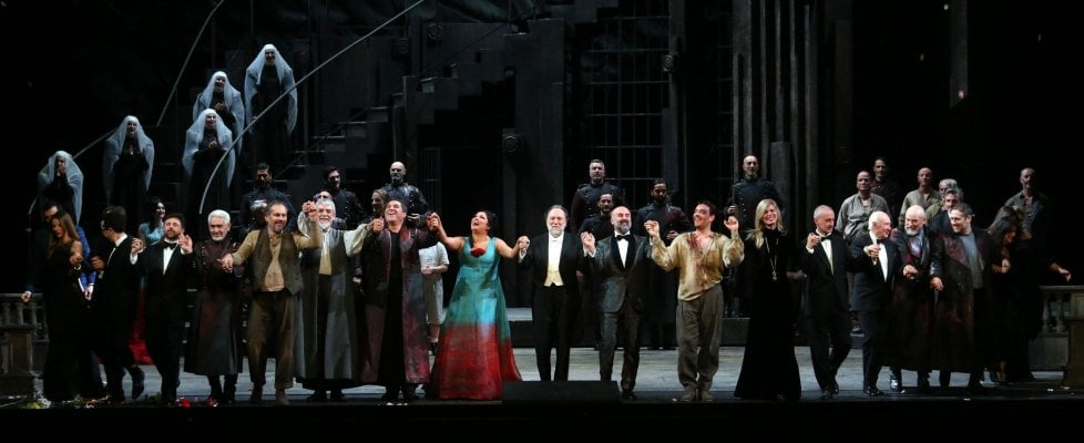 Prima della Scala, il trionfo della Tosca: 16 minuti di applausi. Ovazione per Mattarella