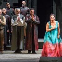 I record della Prima di Tosca, dal teatro alla diretta televisiva