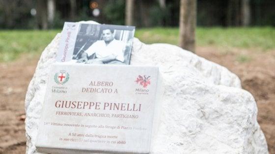 """Piazza Fontana, il sindaco Sala: """"Chiedo scusa e perdono alla famiglia Pinelli a nome di Milano"""""""