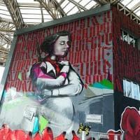 Dalle partigiane alle attiviste per i diritti umani: le grandi donne ritratte nei murales