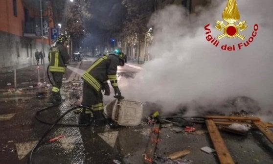 """Vigili del fuoco aggrediti in via Gola a Capodanno, aperta un'inchiesta: """"Nessuna tolleranza per le violenze"""""""