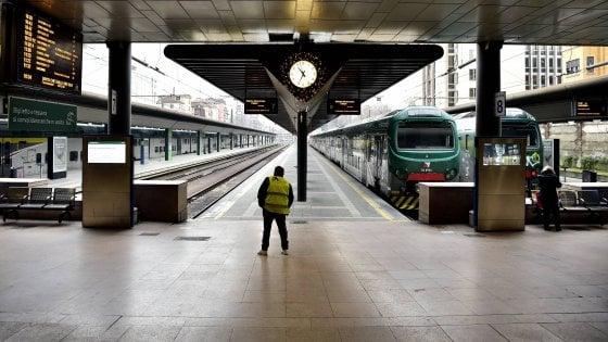 Sciopero Trenord indetto dal sindacato Orsa: in mattinata fermo un treno su tre. La Regione revoca per un giorno le misure antismog