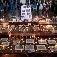 Milano, la veglia degli studenti iraniani per le vittime dell'aereo abbattuto