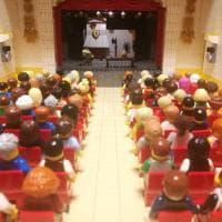 Il teatro ricostruito con i Lego (e ci sono anche Totò e Peppino)