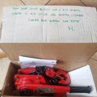 Rubano l'attrezzatura ai vigili del fuoco, un benefattore anonimo la ricompra