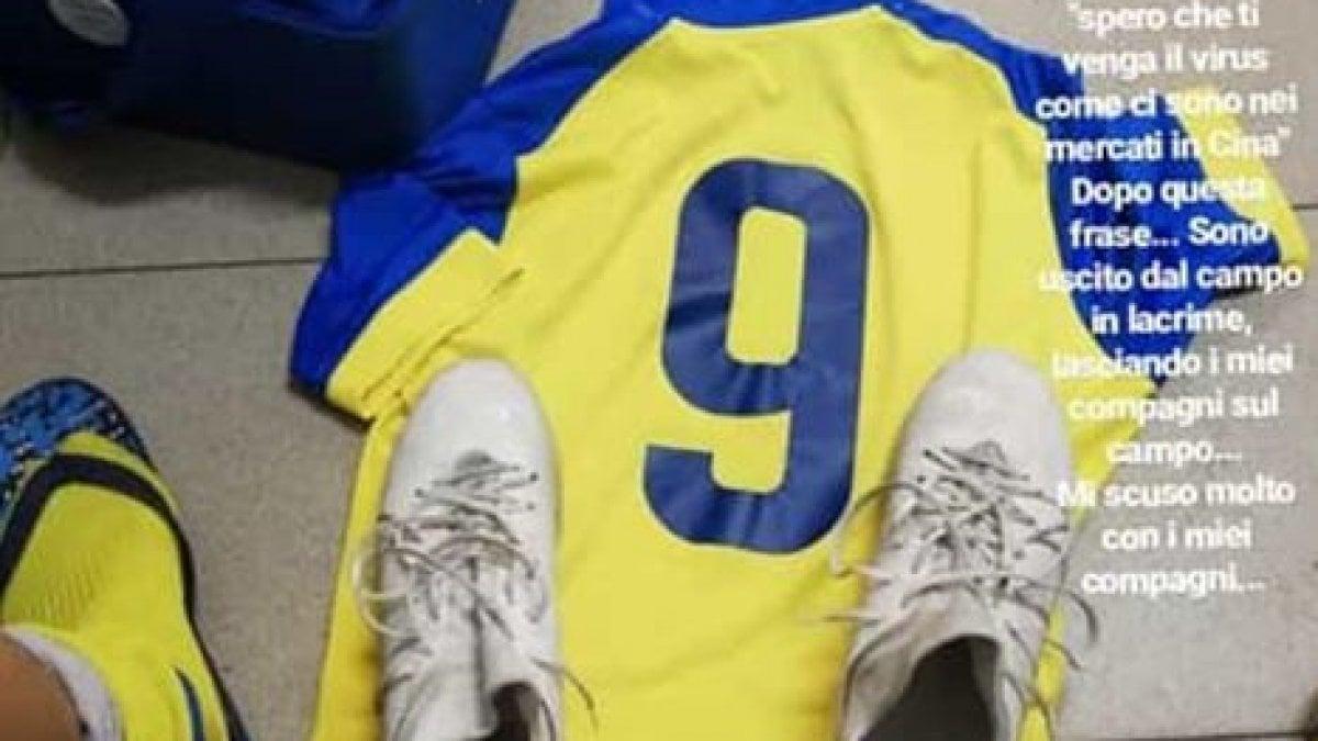 """""""Spero che tu prenda il virus come in Cina"""": razzismo in campo nel Milanese, il giocatore 13enne esce in lacrime"""