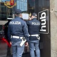 Risse, rapine e spaccio: sospesa per 15 giorni la licenza all'Hub, locale