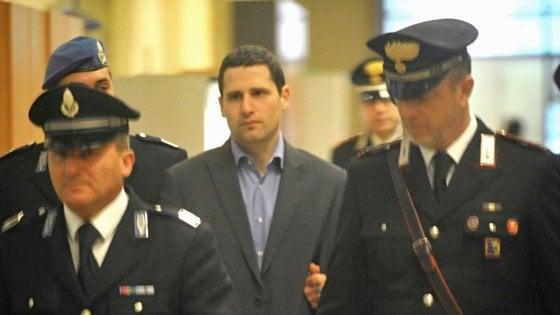 Aggressioni con l'acido, no dei giudici all'affidamento in prova per il complice della coppia Andrea Magnani