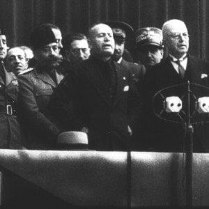 Mussolini resta cittadino onorario di Salò: nella città simbolo della Repubblica sociale bocciata la revoca