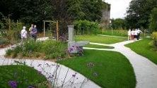 Healing gardens per i malati di Alzheimer e i disabili: il giardino che cura e stimola i sensi