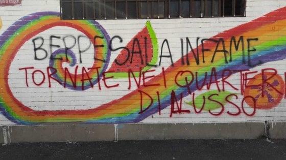 Scritte contro il sindaco Sala al quartiere Corvetto: la protesta degli antagonisti sulla questione sgomberi