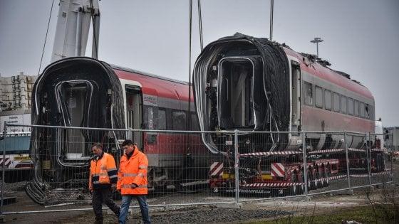 Deragliamento del treno a Lodi, altre 11 persone indagate: c'è anche l'ad di Rfi Maurizio Gentile