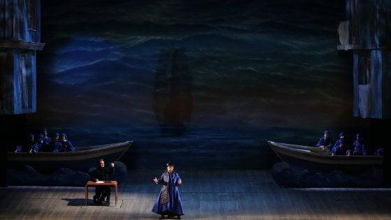 Il Turco in Italia, applausi per la prima alla Scala, ma le repliche sono bloccate