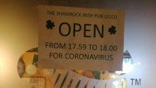 """Il pub che apre solo per un minuto per rispettare l'ordinanza coronavirus: """"Mai chiuso in sei anni"""""""