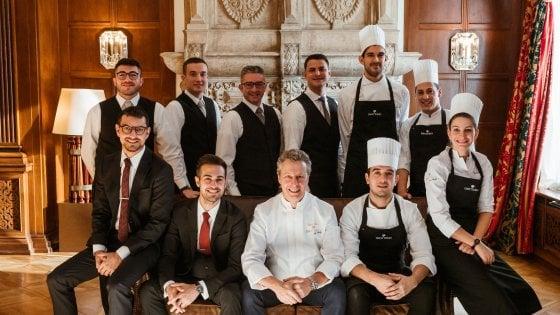 """Cucina, nuova stella per il ristorante """"Da Vittorio"""" a St. Moritz. Tutto iniziò con i piatti di pesce a Bergamo"""