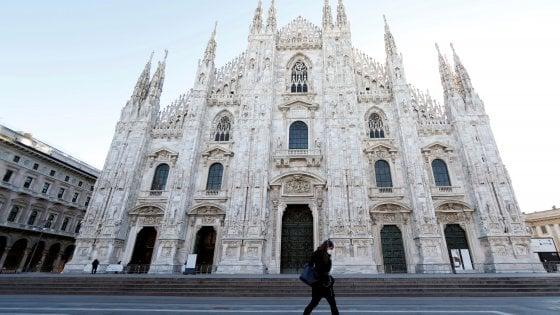 Coronavirus a Milano, il Duomo riapre ai turisti: ingressi contingentati e prenotazioni solo online