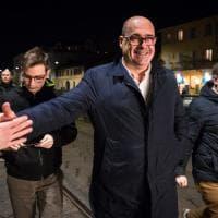 """""""Milano non si ferma per il coronavirus"""": spritz e tramezzini con il segretario Pd Zingaretti"""