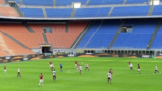 Coronavirus, tifosi del Milan donano i rimborsi dei biglietti all'Areu, la società mette 250mila euro. E gli atalantini pensano all'ospedale di Bergamo