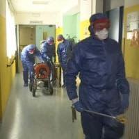 Coronavirus Lombardia, sanificatori russi in azione ad Albino in provincia