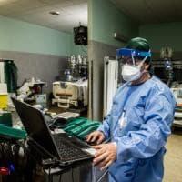 Coronavirus, in Lombardia rallentano ancora i contagi: sono 1.047 nelle