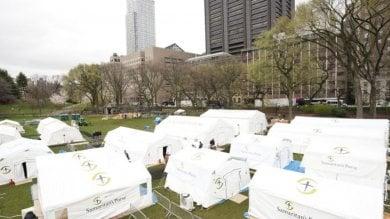 Foto  A Central Park di New York l'ospedale da campo gemello di quello di Cremona