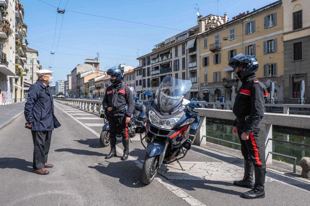 Coronavirus, a Milano aumentano i controlli sui Navigli e a Porta Nuova