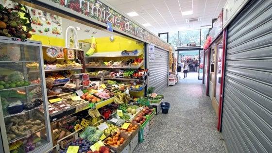 Coronavirus, la Regione Lombardia ci ripensa e riapre i mercati coperti, lo stop è durato un solo giorno