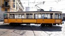 I tram viaggiano 'nudi': nessuna azienda fa pubblicità sui vagoni