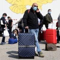 Coronavirus in Lombardia, arrivati a Milano 73 medici, il ministro Boccia: