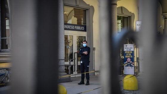 Coronavirus, la guardia di finanza negli uffici della Regione Lombardia, acquisiti documenti per l'inchiesta sulle Rsa