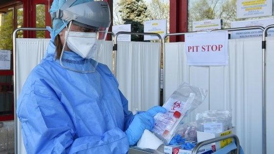 Coronavirus in Lombardia, i nuovi contagiati sono 941, meno morti nelle ultime 24 ore